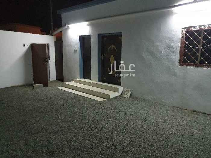 1504809 يوجد غرف جديدة بمطبخ وحمام ب ٨٠٠ و غرفتين بمطبخ وحمام ب ١٠٠٠ واستراحة مؤثثة ب٢٠٠٠  للايجار الشهري واليومي والسنوي