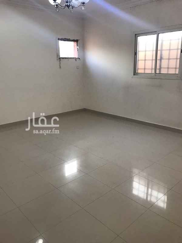 1819865 للايجار غرفتين وصاله سطح مدخل خاص مطبخ راكب موقع مميز والشقه نظيفه