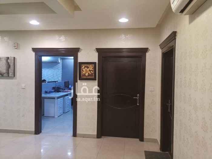 1399230 مكتب للايجار  في عمارة علي طريق الملك عبد الله  حي الواحة  5 غرف منها غرفة زجاج  2 دوره مياه ومطبخ  التقبيل مع الاثاث  والديكورات  والمكيفات