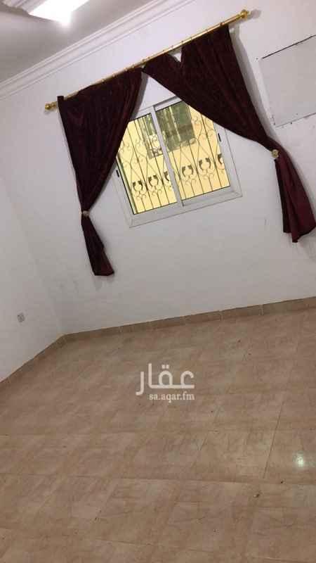 1635436 شقة للأيجار فالجبيلة تتكون من: ١:غرف عدد٤ ٢:صالة ٣:دورات مياه عدد٣