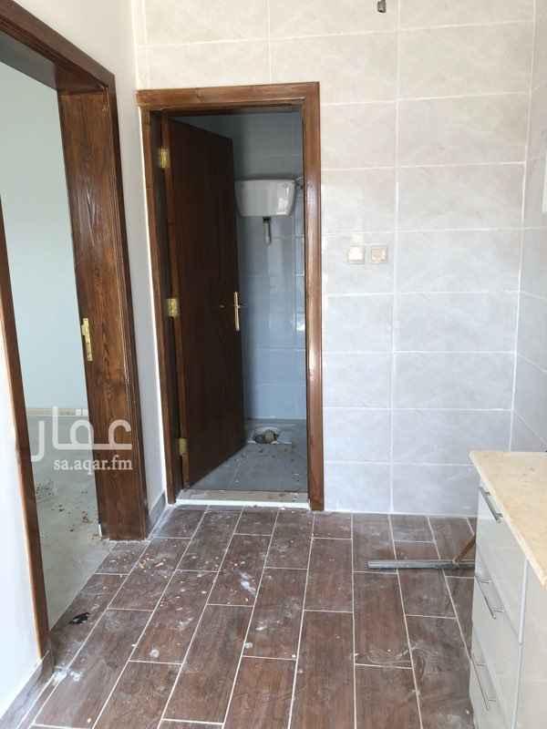 1746533 غرفتين ستوديو تشطيب فاخر الغرفة مكونة من غرفة ٤*٦ ومدخل مع مطبخ سيرفس وحمام ملاصقة للكلية التقنية بالطايف