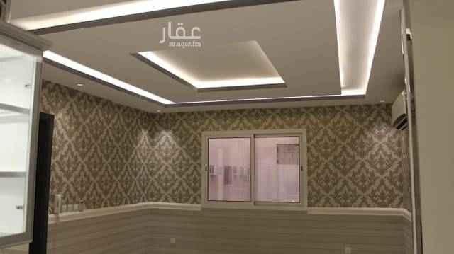 1506506 شقة فاخرة للايجار ، تتكون :- ٣ غرف نوم ، صالة ، دورتين مياة، مطبخ و تكييف راكب.
