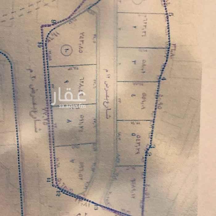 1610038 أرض للبيع حي الخالدية في الطائف رقم 10  المساحة 743.46 م  ثلاث شوارع رئيسية 20 م _ 12 م _ 30 م  مخطط معتمد من البلدية رقم 3074 والمصرح بالبناء دورين وملحق  صك إلگتروني والمخطط سكني  الأرض ميزتها توفر جميع الخدمات وشارع حيوي   المطلوب مليون و١٠٠  عمولة المكتب الشرعية والقانونية 2.5% من قيمة البيع وهي في ذمة المشتري الى يوم الدين وكل من يصل للعرض عن طريق اعلاني .  عمولة موقع حراج نحن نتكفل بها .  الجاد يتواصل معي وتساب   مجموعة ابراهيم قماش العقارية التواصل عبر الواتس آب افضل  05680907