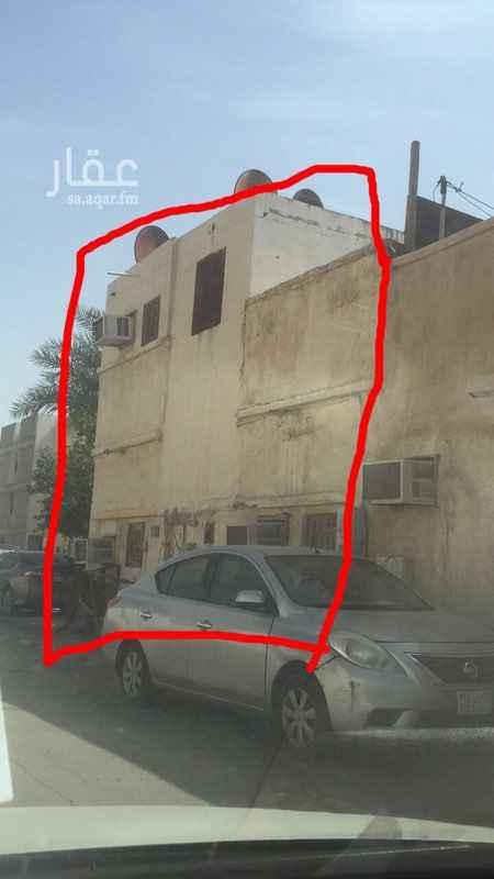 1081514 بيت شعبي في حي الخليج مؤجر على عمال اللي حاب يشوف البيت يكلمني واتساب