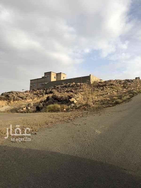 1555832 ارض في مخطط الملك عبدالعزيز على شارعين مساحتها ٦٠٠ م  مطله على الشارع العام اطلاله تامه