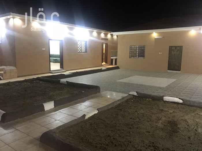 1273248 استراحه مساحة 900 م تتكون من قسمين كل قسم به حوش والعاب اطفال. مجالس + غرف معيشه اجمال الغرف 6 بالمجالس.