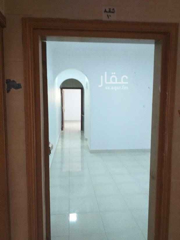 1606895 شقه عوايل للايجار.في.حي.الفلاح.العقارة.مجدد.بالكامل.خدمات.ممتاز