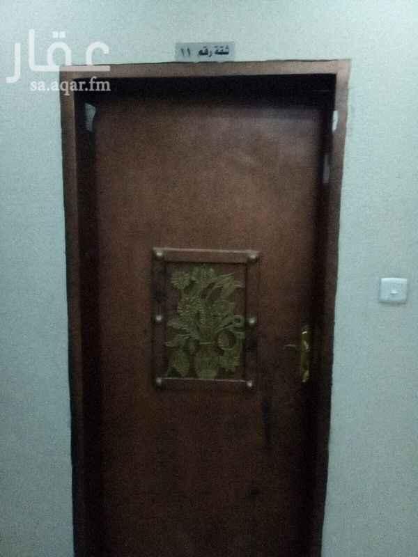 1255900 شقة سكنية عوائل شارع ابها خلف مطعم كنتاكي الدور الاول  يوجد مصعد