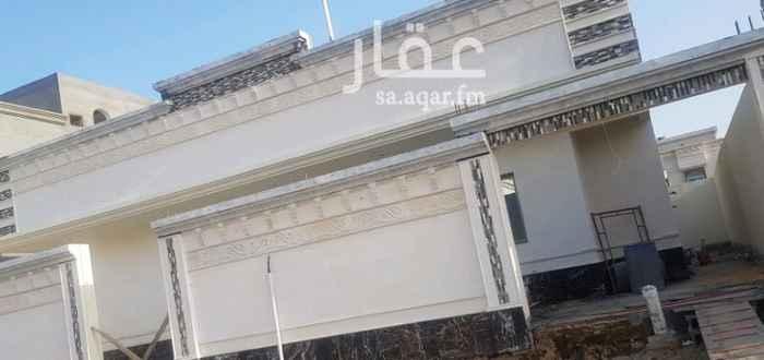 1584589 للبيع دور وملحق  مساحه ٤٠٠م بناء شخصي مخطط الصواري بالعزيزيه بالخبر تشطيب راقي بسعر مناسب
