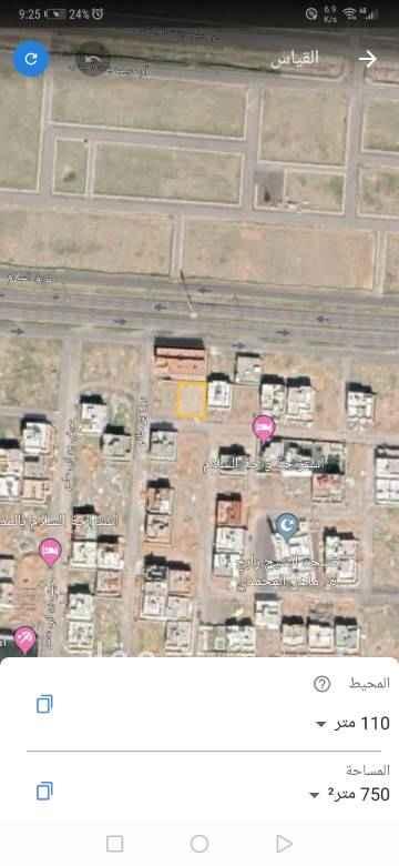 1728965 ارض للبيع من المالك مباشرة موقعها ممتاز ظهيرة شارع السلام التجاري مساحتها ٧٥٠م٢ يمكن فرزها. السعر قابل للتفاوض الجاد