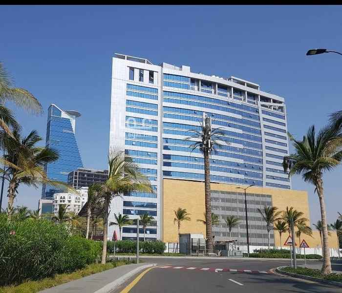 1812605 برج الكورنيش وحدات سكنية عائلية تطل على واجهة جده البحرية بنظام فندقي