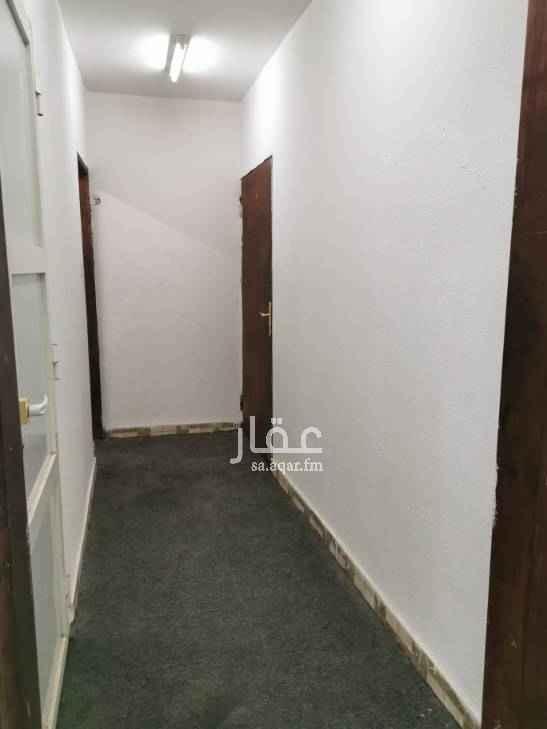 1699724 غرفه خاصه كبيره مع الدوره المياه بالتكيف والتلفاز والستاره والموكيت والسرير بدهان بويه جديد
