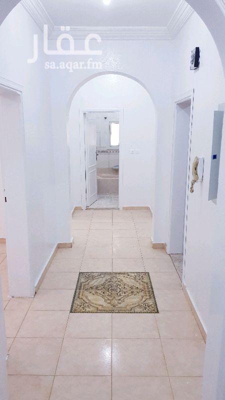 1349826 شقة ثلاث غرف ومطبخ ودورتين مياة الشقة نظيفة للغاية والطلاء جديد