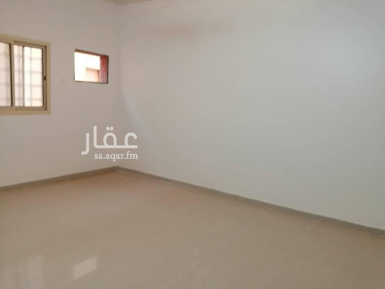 1749367 شقه مدخلين  حي الشروق - الجنادريه  ماء مجان  كهرباء مشترك  التواصل واتس فقط