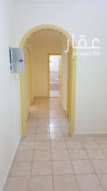 1156056 غرفتين وصاله ومطبخ راكب وحمام  مساحات كبيره ٥×٥