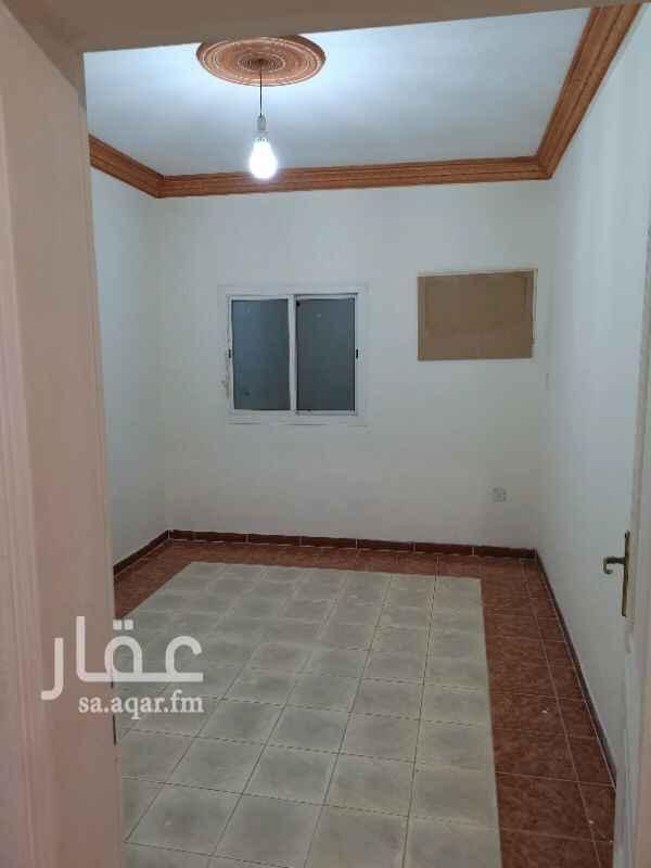 1274581 ٣غرف وصاله ومطبخ راكب و٢حمام موقف خاص للشقة