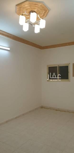 1646119 شقة دور أول بحي الموسى 3 غرف وصالة ودورتين مياة يوجد بها مطبخ راكب  ابو سعد 0580080043