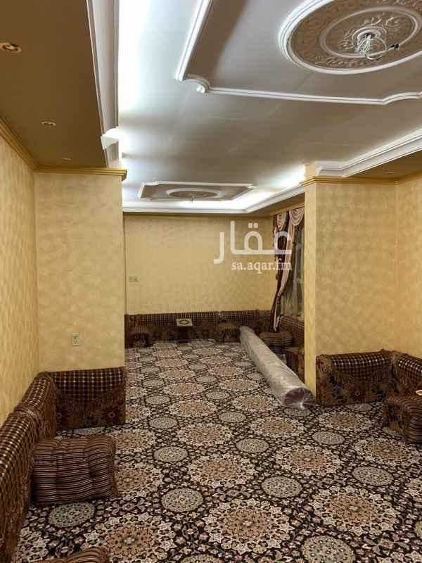 1753704 بيت برضوى 3 دور واحد  بيت نظيف جاهز للسكن صك الكتروني 5 خمس غرف نوم بالاضافة الى استقبال رجال ونساء  وحوش