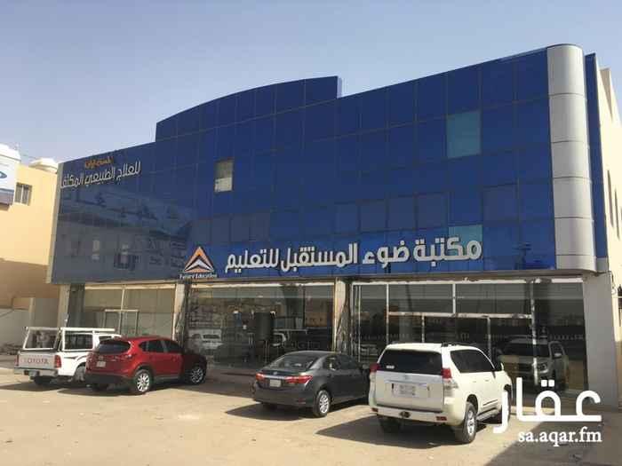 328886 للايجار مكاتب جديدة على طريق الملك عبدالله.   مصعد. ممرات رخام. واجهة زجاجية.  مواقف سيارات امام و خلف المبنى.  يوجد مساحات مختلفة  ١٢٠م
