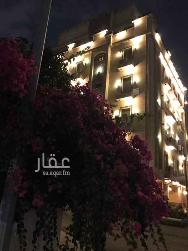 220693 شقة فاخرة الدور الثالث اطلالة على شارع فرعي هادئ غرف جميلة مساحة رائعة  المسوق الحصري إسكان العقارية