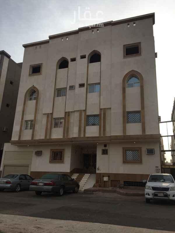1381743 شقة 4 غرف للايجار جديدة خلف قصر ليلة زفافي مكيفاتها راكبة عدد 4 مقاسات الغرف 4*4 4*3.8