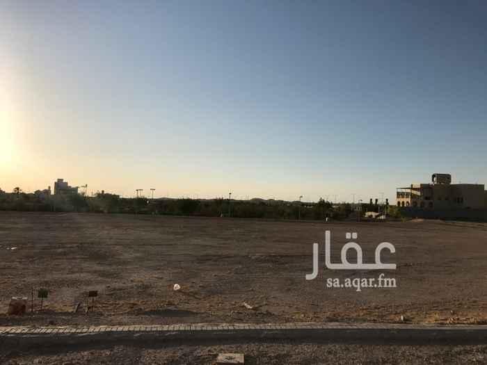 1701238 الارض في درة الرياض خلفها يوجد حديقة وملعب كرة