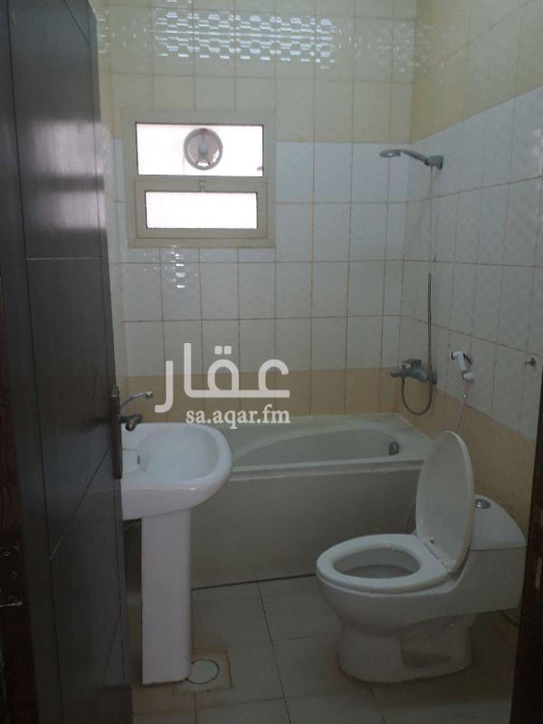 1127608 شقة عوايل غرفتين وصالة وحمامين ومطبخ راكب مكيفات ومطبخ. السعر 20 الف للتواصل 0581244979