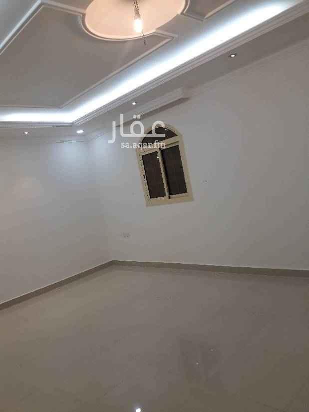 1541363 شقه ٥ غرف مدخل واحد  ٣ حمام مطبخ  مجدده دور ارضي مطلوب ٢٥ الف قابل للتفاوض