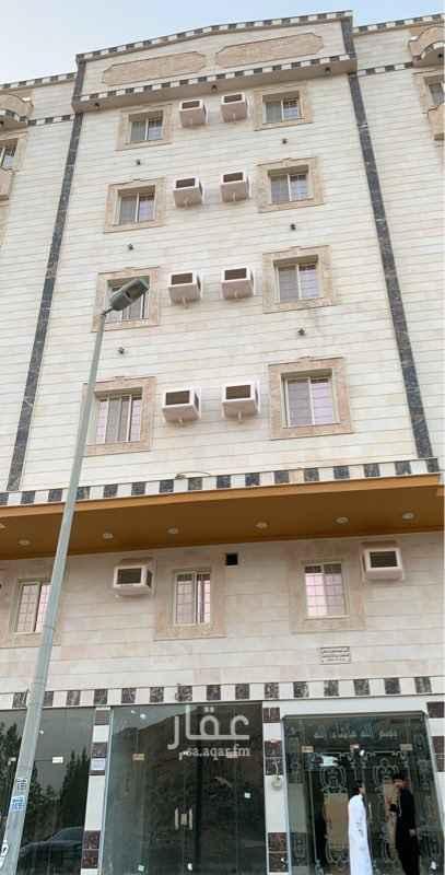 1621240 شقة اربع غرف وصالة جديدة على النفتاح بمساحات كبيرة جدا مدخلين