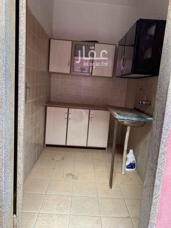 1699461 استراحه صغيره استديو غرفه ومطبخ وحمام  في حي المونسيه شارع الصحابه في منتصف الخدمات منطقه هادئة وقريبه من وسط الرياض