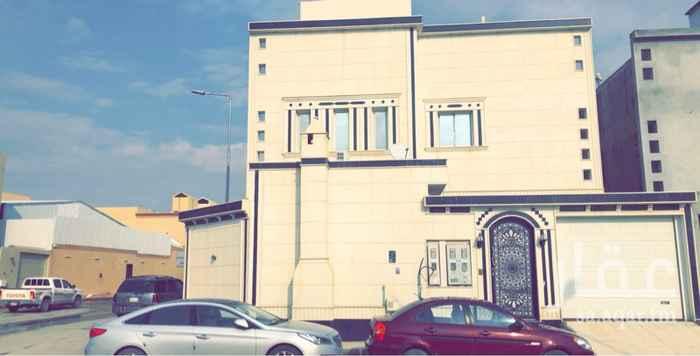 1295473 فيلا سكنية للبيع مساحة 362 م زاوية  عبارة عن دورين + شقة بناء شخصي  العمر 3 سنوات حي الدار البيضاء  الدور الارضي ( مشب + مجلس + مقلط + صالة + 3 غرف نوم غرفة ماستر + مطبخ ) . البيع / ٩٠٠ الف   للتواصل/ ٠٥٨٣٠٠٠٥٣٣