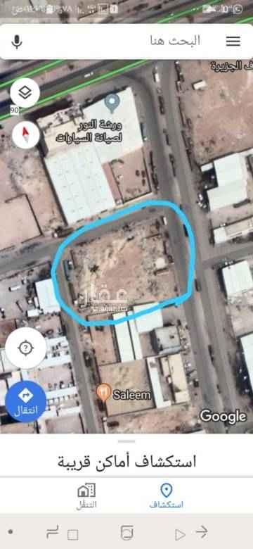 1465483 ارض للإيجار المساحة ٤١٤٣ على ٣ شوارع شارع شرقي تجاري (سيدين) عرض ٤٠ متر وشارع شمالي (داخلي) عرض ٢٠ متر وشارع غربي (داخلي) عرض ٢٠ متر ومن الجهة الجنوبية ورشة صيانة شاحنات  للإطلاع على موقع العقار https://goo.gl/maps/1rL8HfRhyKp الايجار لمدة ٨ سنوات بمبلغ ١٢٠٠٠٠ ألف ريال سعودي للإستفسار والتواصل أبو عبدالعزيز (0583341500) -المالك-