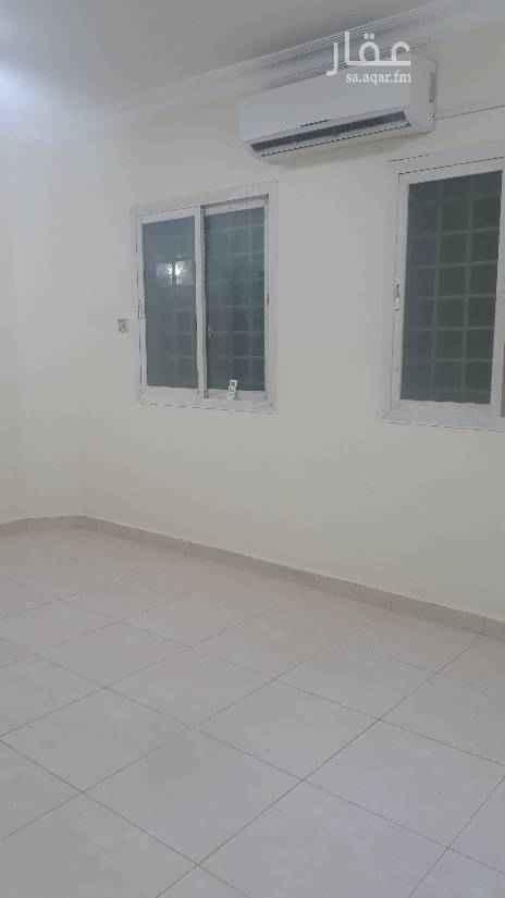 1510907 شقة عوايل غرفة وصالة وحمام ومطبخ راكب مكيف اسبلت ومطبخ راكب. نظيفة جدا السعر 17 الف للتواصل 0583354729