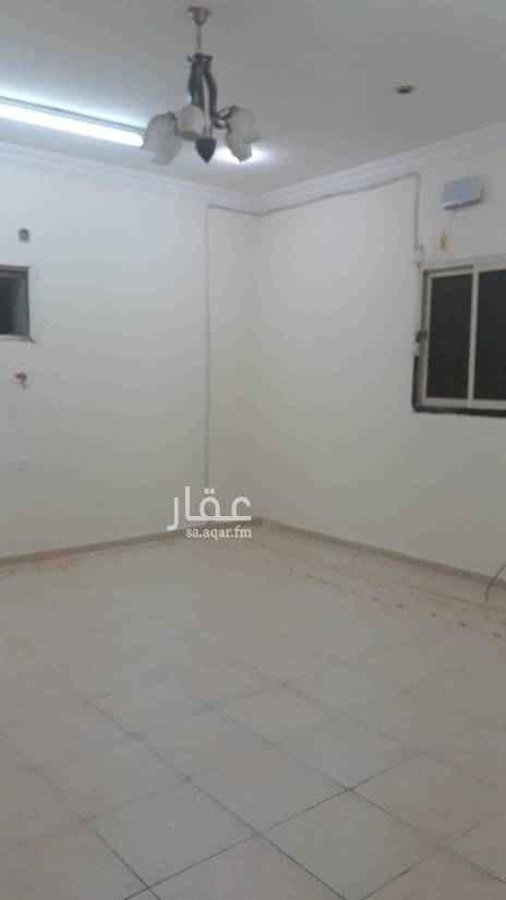 1549542 شقة عزاب غرفة وحمام ومطبخ نظيفة راكب مكيف ومطبخ مساحة ممتازة السعر 12 الف للتواصل 0583354729