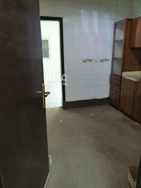 1572292 شقة غرفة وحمام. ومطبخ. . نظيفة جدا راكب مكيف ومطبخ السعر 14 الف للتواصل 0583354729