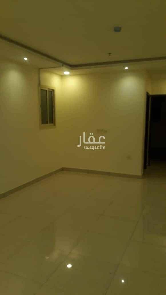 1587280 شقة عزاب غرفة وصاله وحمام ومطبخ. راكب مكيف اسبلت ومطبخ. مساحة ممتازة ونظيفة جدا. السعر 19 الف للتواصل 0583354729