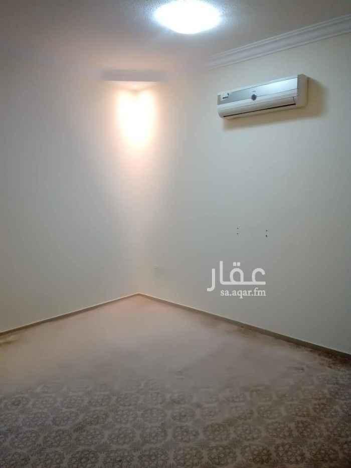 1595401 شقة غرفة وحمام عوايل نظيفة جدا. راكب مكيف اسبلت مساحة ممتازة السعر 12 الف للتواصل 0583354729