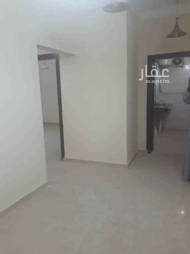 1642119 شقة بفيلا دور تاني مكونه من غرفتين وصالة صغيرة. وحمام ومطبخ. راكب بدون مكيفات السعر 15 الف للتواصل 0583354729