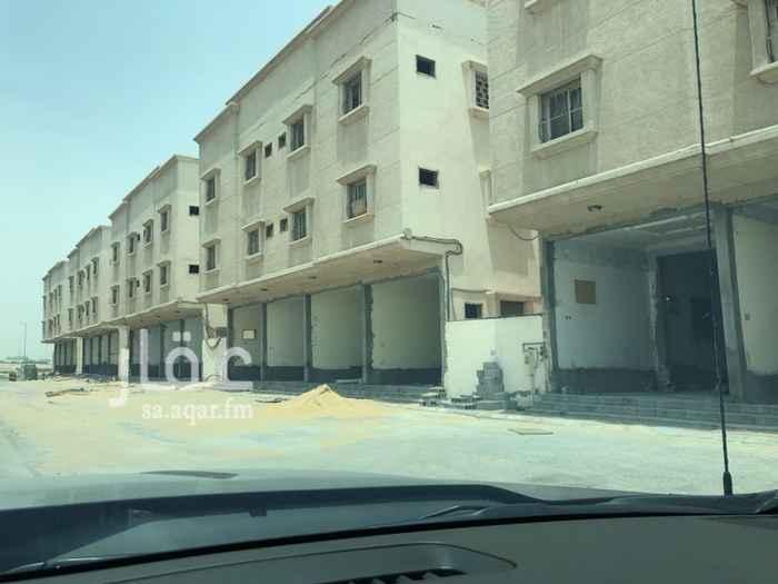 1704365 المحلات واقعه على شارع ابو عبيده بن الجراح.  عدد المحلات ٢٠ محل