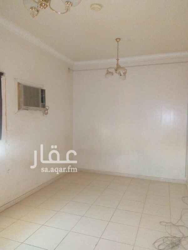 1115334 شقة ٣ غرف وصالة و٢ حمام ومطبخ مكيفات ومطبخ راكب دور ارضي بالقادسية عمارة سنوي١٨٠٠٠ الف شهري١٦٠٠ ٠٥٩٩٩٧٠٧٢١