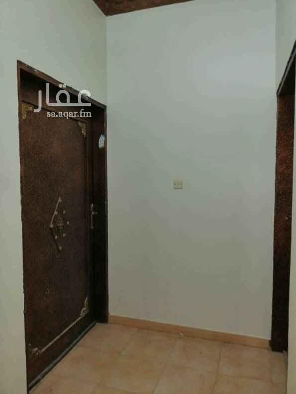 1503143 دور علوي ٥وصالة مطبخ ٣دوراة مياة مطبخ راكب مدخلين مجدد البوهية