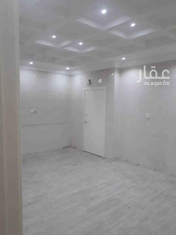 1651453 دور أرضى للايجار حى المحمدية مدخل مستقل  مدخل سياره حوش قريبه من مسجد