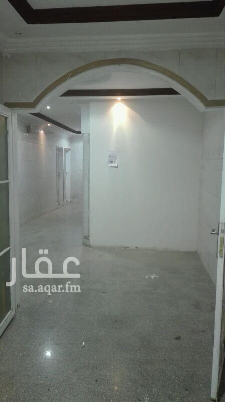 1545322 شقة للإيجار عزاب حي الجزيرة غرفة ودورة مياه  راكب مكيف  ومغسلة تشطيب ممتاز راكب مصعد بالعمارة