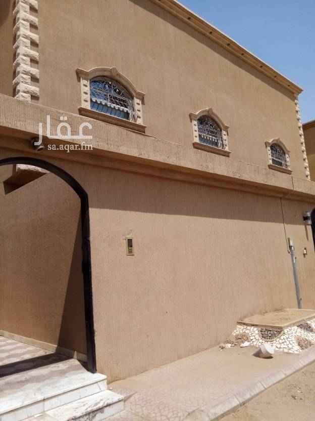 1758218 شقة للايجار بحي المونسيه قريبه من جميع الخدمات دور أول مدخلين ٣ غرف وصالة ومطبخ ودورتين مياه عداد كهرباء مشترك