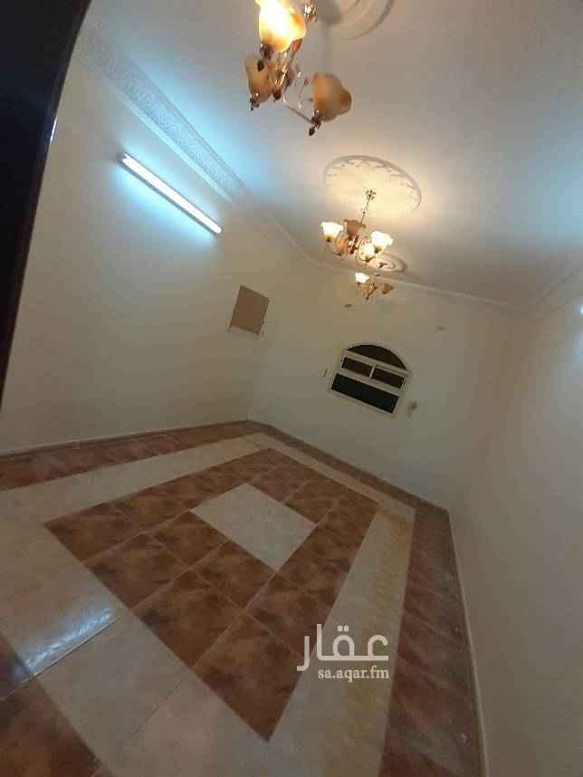 1673132 شقه لايجار ٤غرف وصاله دور اول المويا واصل العداد الكهرب مشترك علي شارع الاخلاص