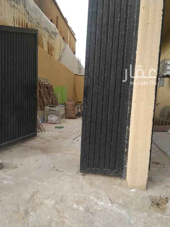 1645149 مستودع للايجار بشارع أحمد بن حنبل مساحة 60متر يصلح مخزن للتواصل 0533623448او 0593746028او 0590864848مجموعة العبيد العقارية