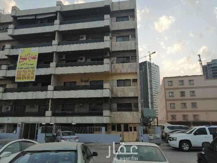 1373498 عماره خمس طوابق  في كل طابق عدد ٢ شقه +الأرضي ٢شقه مساحة الشقه الواحه ٣٠٠ متر البيع على السوم