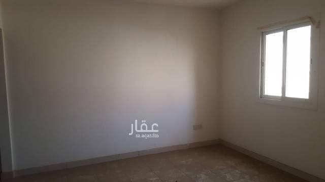 1401502 الشقة في عمارة رقم ١٨٤ بالدور الأول أمام المصعد،  وهي جديدة ولم تستعمل من قبل ويوجد بجوارها مصلى وتموينات