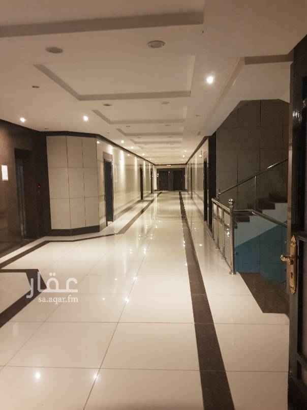 1697880 شقة ٣ غرف وصاله و ٢ دورات مياة ارضيه