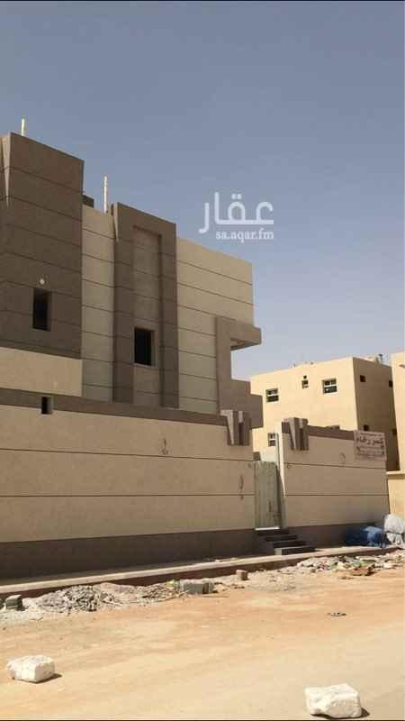 1641831 فلاء بناء شخصي درج داخلي وثلاث شقق بجوار مشروع وزارة الأسكان